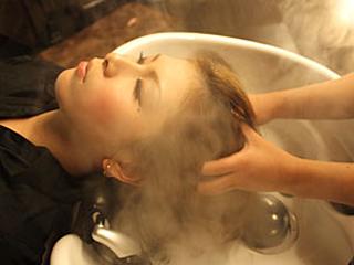 至福のひとときを約束する 極上の空間とテクニック 髪・頭皮・心 すべてに